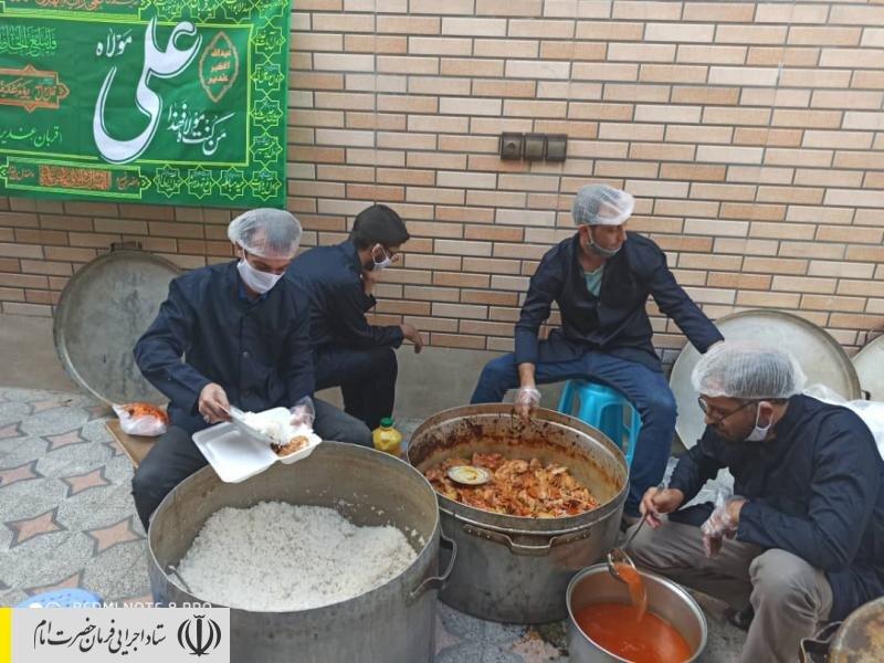طبخ و توزیع غذای گرم در مناطق محروم استان اصفهان توسط ستاد اجرایی فرمان امام