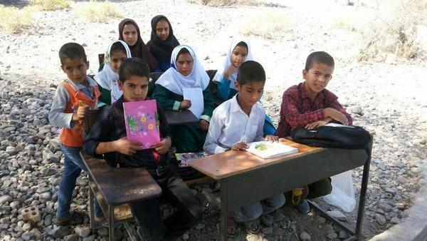 تأمین ۳۰۰۰ تبلت برای دانش آموزان محروم خوزستان با حمایت ستاد اجرایی فرمان امام