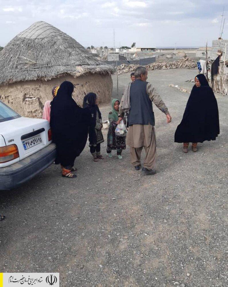 ورود نیروهای جهادی ستاد اجرایی فرمان امام به دورافتادهترین روستای سیلزده سیستان و بلوچستان/شرایط دشوار زندگی مردم بعد از دوهفته قطع مسیرهای ارتباطی
