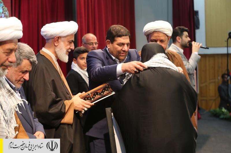 جشن اهدای ۱۲ هزارمین جهیزیه به زوجین کمبرخوردار توسط ستاد اجرایی فرمان امام برگزار شد
