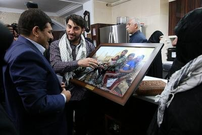 دیدار رئیس ستاد اجرایی فرمان حضرت امام (ره) با خانواده شهید بلباسی