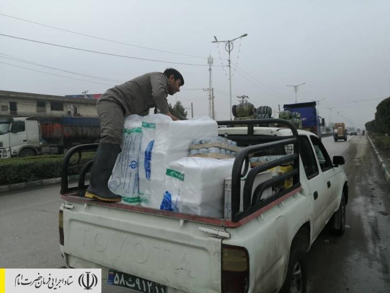 نیروهای جهادی ستاد اجرایی فرمان امام در کنار مردم سیل زده خوزستان
