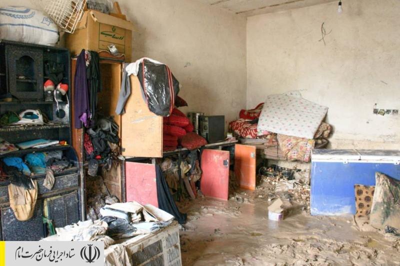 دستور رئیس ستاد اجرایی فرمان امام برای امدادرسانی فوری به سیلزدگان جنوب کشور/ توزیع بستههای بهداشتی و معیشتی و اقلام ضروری در بوشهر و خوزستان