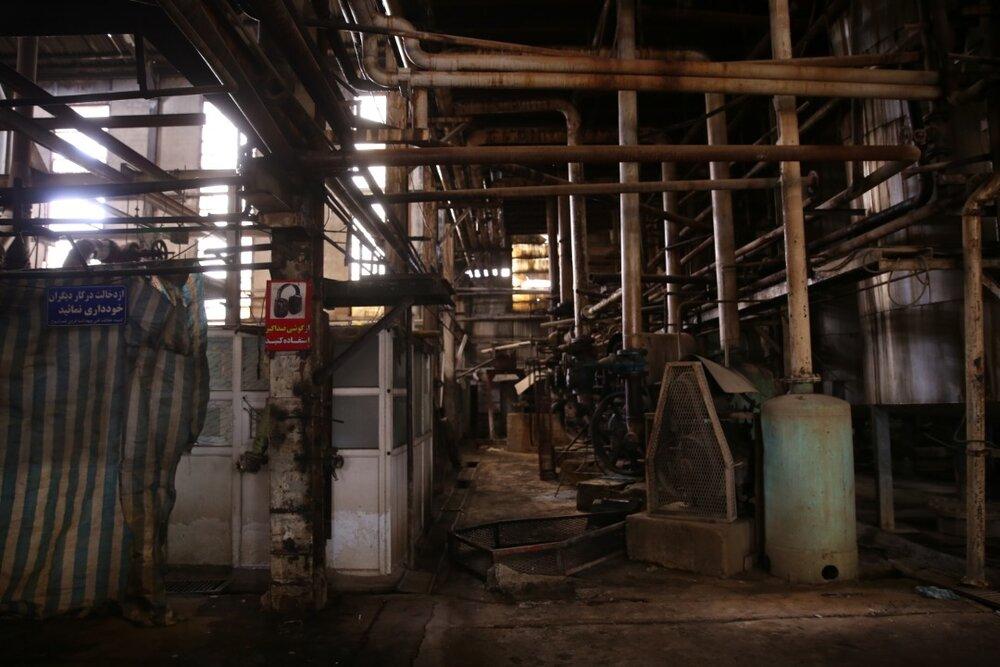 دستور رئیس ستاد اجرایی فرمان امام برای احیا و کمک به راهاندازی دو کارخانه تعطیلشده آبمعدنی سیسخت و قند یاسوج