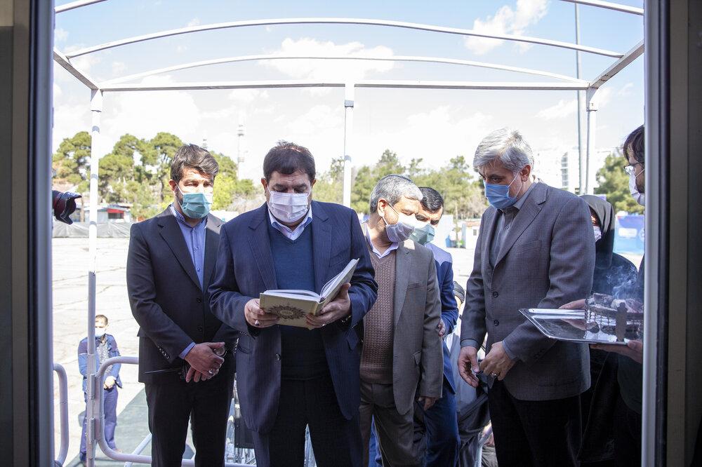 گزارش خبر ۲۱ از افتتاح بزرگترین بیمارستان سیار کشور و آخرین اخبار از اولین واکسن ایرانی کرونا