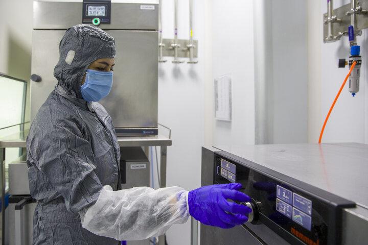 اولین تصاویر از خط تولید واکسن کووایران برکت