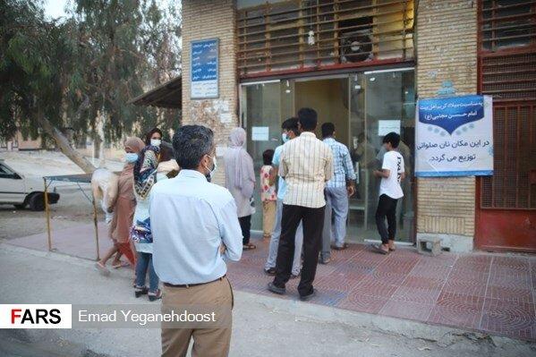 توزیع 30 هزار قرص نان صلواتی در بندرعباس