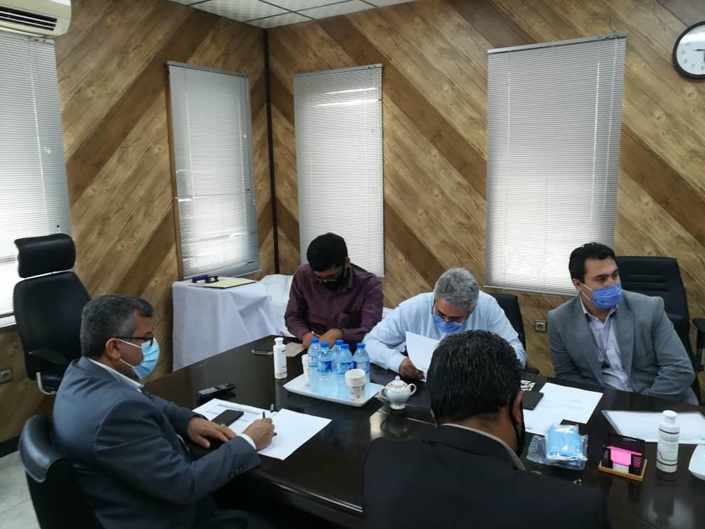 برگزاری جلسه بررسی پروژه های عمرانی، بهداشتی و آموزشی جزیره هرمز استان هرمزگان