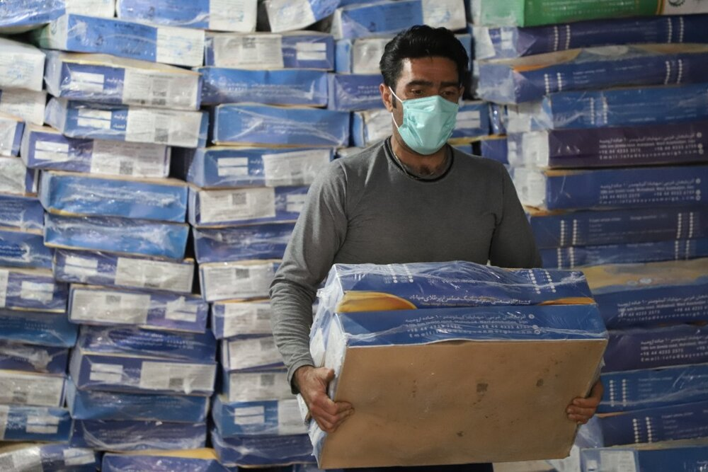 توزیع ۲۵ هزار بسته پروتئینی بین اقشار آسیبدیده از کرونا توسط ستاد اجرایی فرمان امام