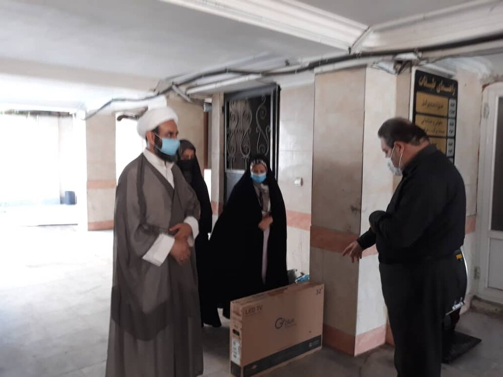 اهدای یک سری جهیزیه کامل به زوج نیازمند شهرستان علی آباد کتول