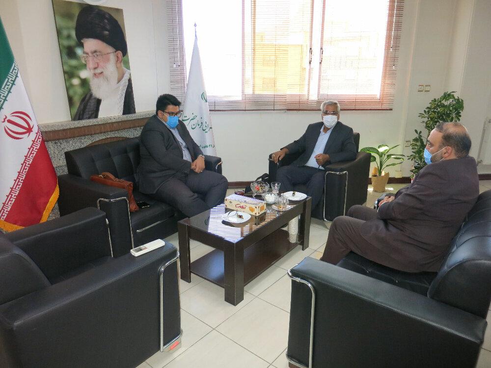 زمینه های همکاری ستاد اجرایی فرمان حضرت امام(ره) با پست بانک بررسی شد