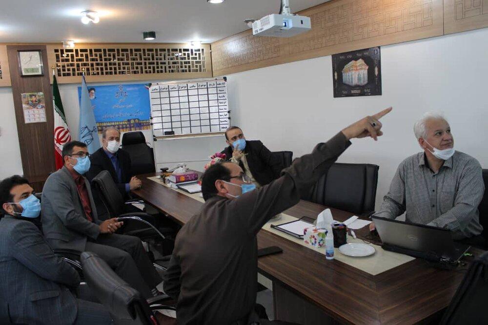 حضور مدیرکل ستاد اجرایی فرمان امام (ره) اصفهان در اداره کل ثبت اسناد و املاک استان اصفهان