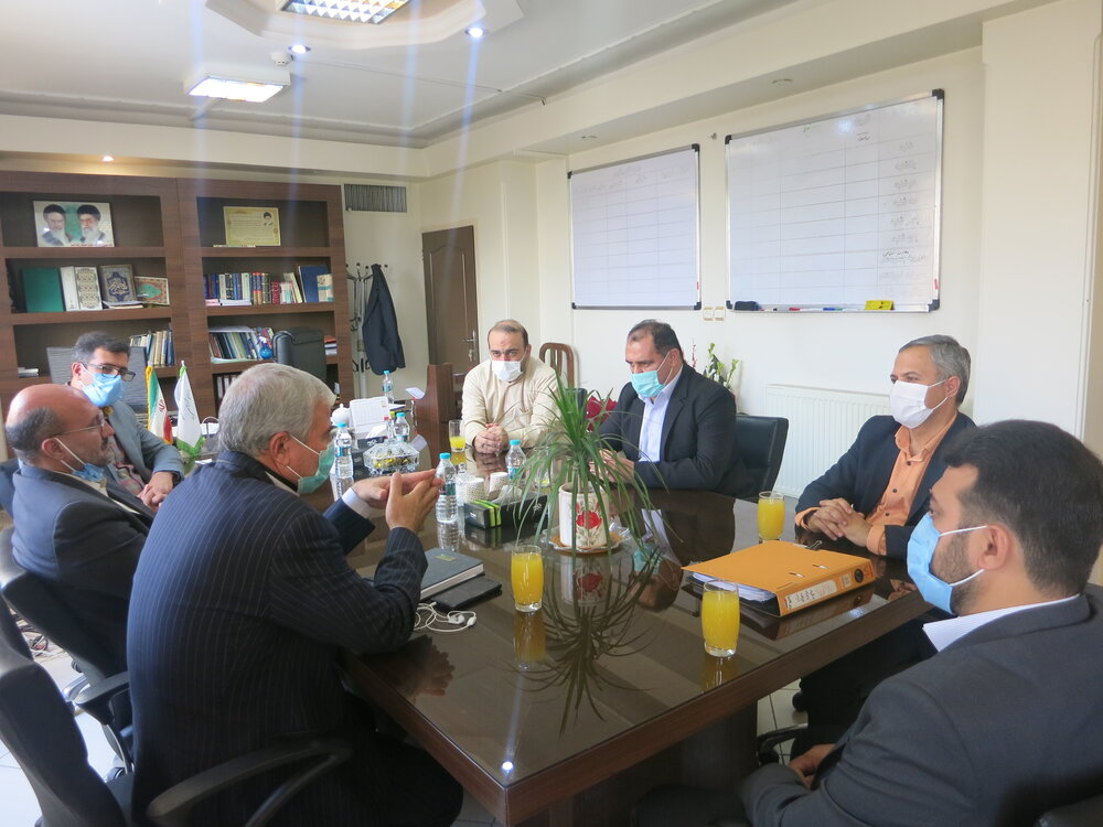 برنامه ریزی جهت توافق و حل و فصل موضوعات عام المنفعه شاهین شهر