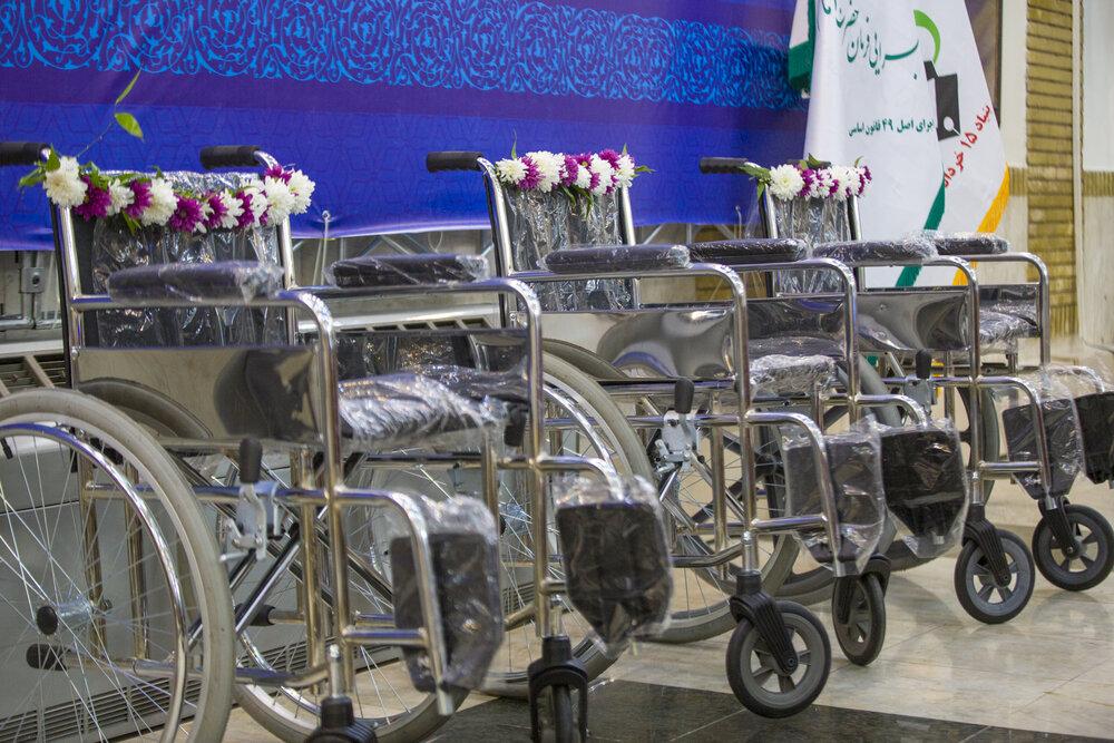 اهدای ۲۷ هزار ویلچر به معلولان در مناطق محروم توسط ستاد اجرایی فرمان امام