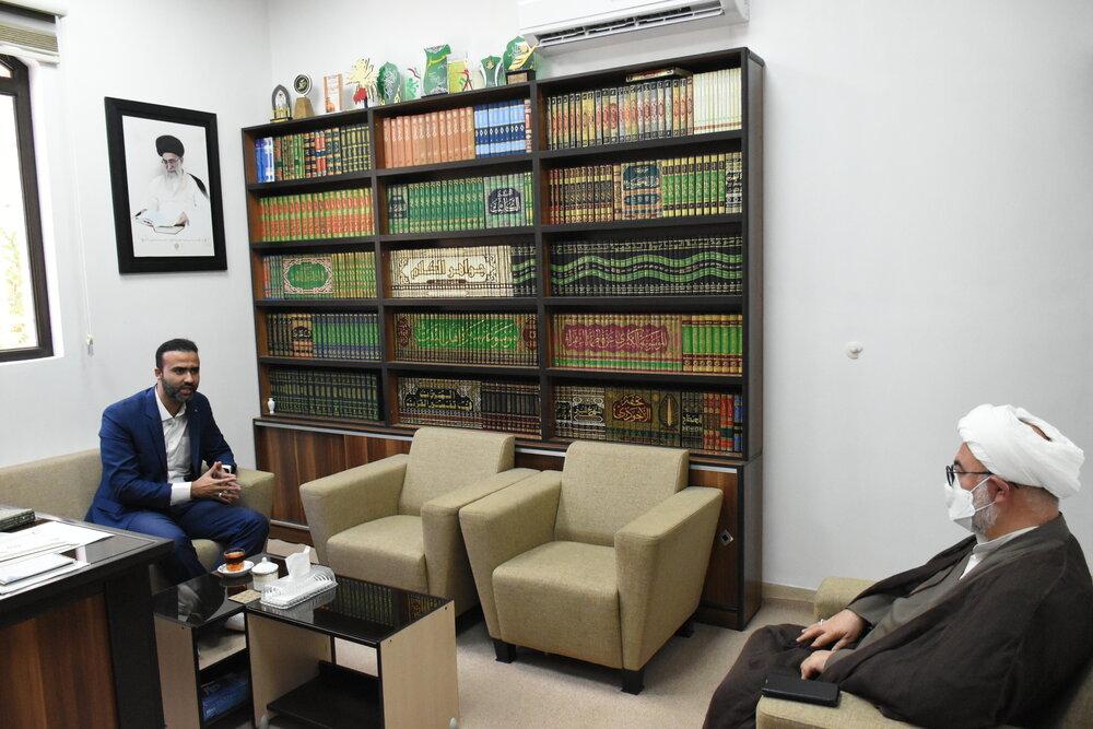 دیدار مدیر کل ستاد اجرایی فرمان امام استان سمنان با امام جمعه شاهرود