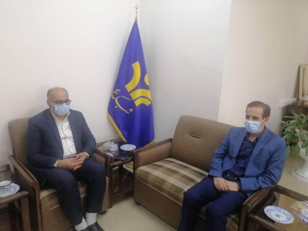دیدار مدیرکل و معاون اجتماعی ستاد اجرایی فرمان حضرت امام(ره) یزد با مدیرکل صدا و سیما