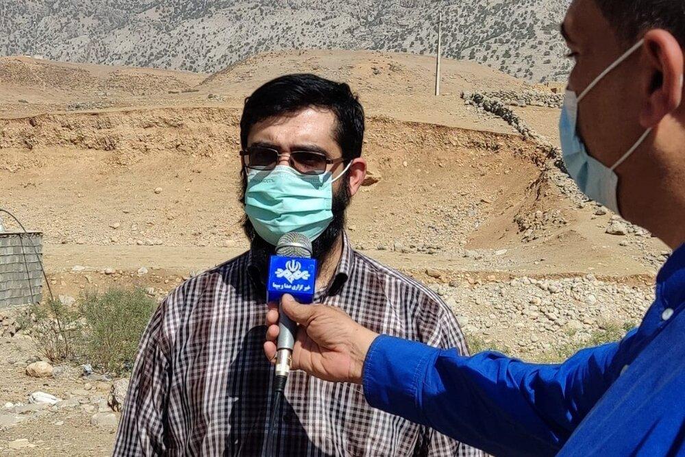 گزارش خبر 14 از سفر نماینده رئیس ستاد اجرایی فرمان امام به مناطق زلزلهزده اندیکا و ارسال  محموله اضطراری یک میلیارد تومانی برای آسیب دیدگان
